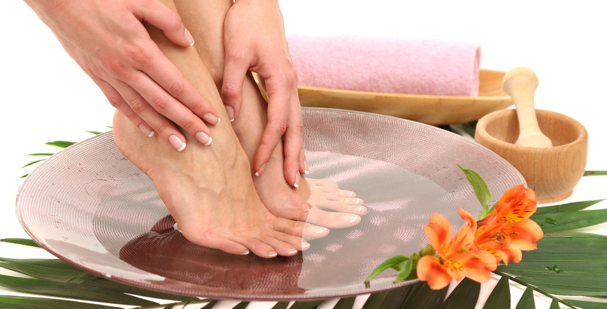 Traditional Chinese Remedies for Foot Pain and Strain