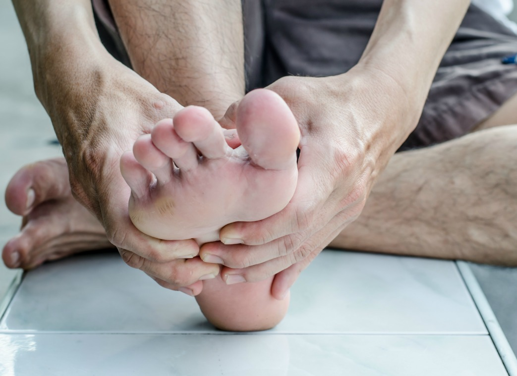 5 Stretches for Your Feet