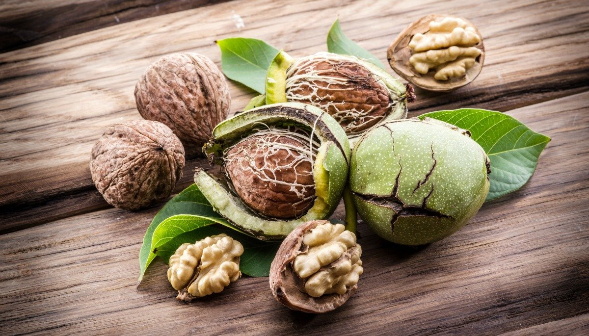 5 Amazing Benefits of Walnuts